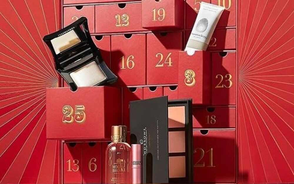 Look Fantastic 2018 Advent calender featuring HD Brow Eye&Brow palette