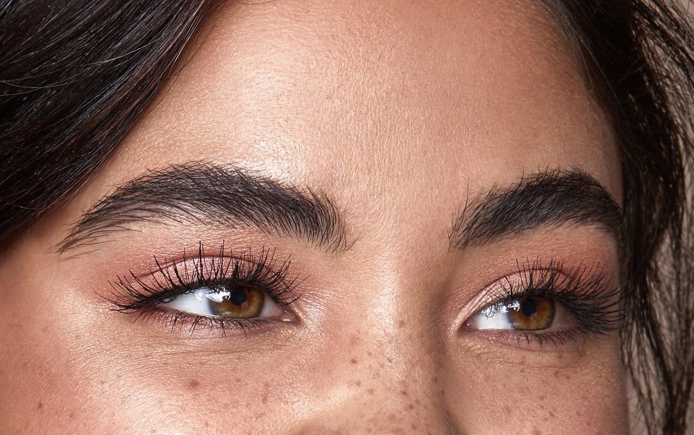 9491afdaedd HD Brows are the UK's no.1 salon brow treatment. It's offered exclusively  by over 10,000 Stylists across the country, so you've probably heard of it  or seen ...