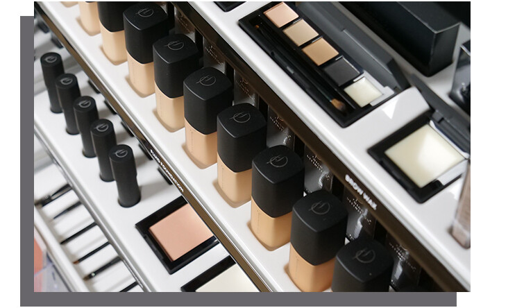 HD Brows not only do brows, but also offer a wide range of make up courses and products.